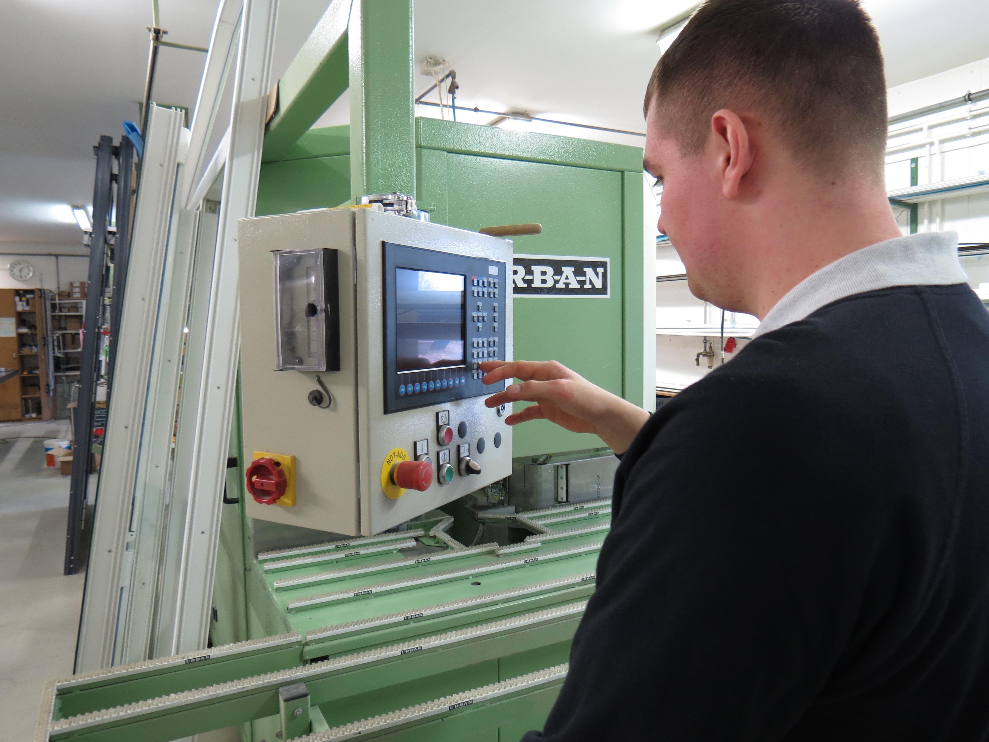 HARDER Glasbau - Stellenangebote & Ausbildung